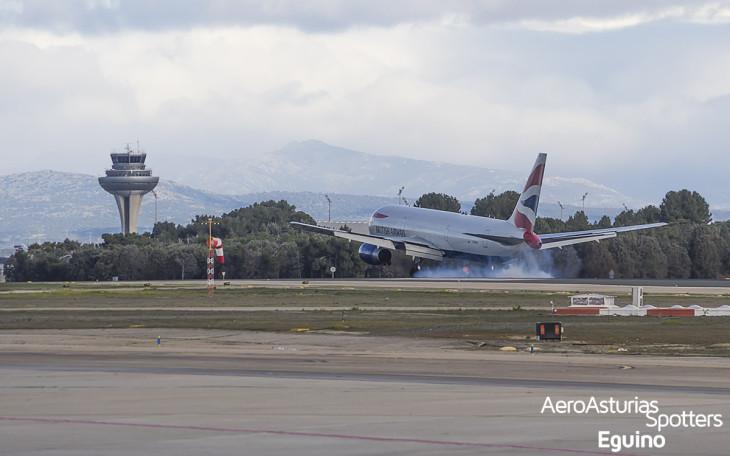 Boeing 767-336ER (G-BNWX) British Airways aterrizando Barajas
