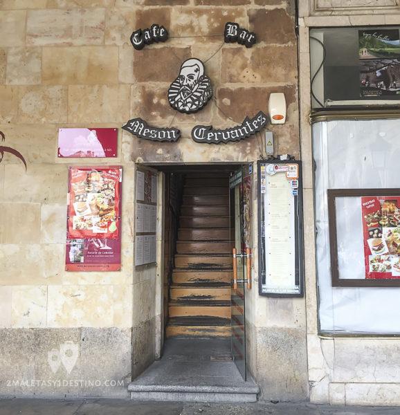 Entrada al Mesón Cervantes