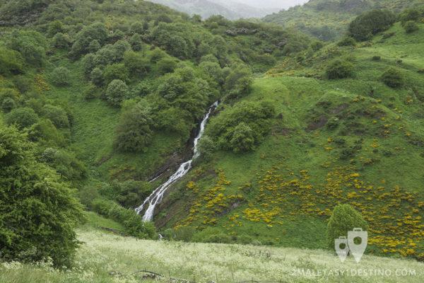 Ruta Braña La Pornacal - Somiedo - Cascada El Corralón