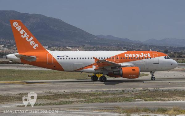Airbus A319-111 (G-EZBW) EasyJet