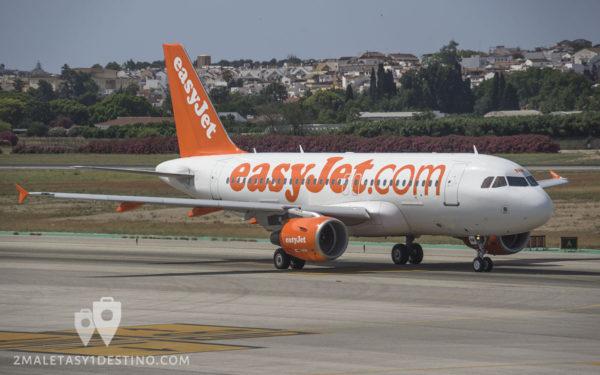 Airbus A319-111 (G-EZNM) EasyJet