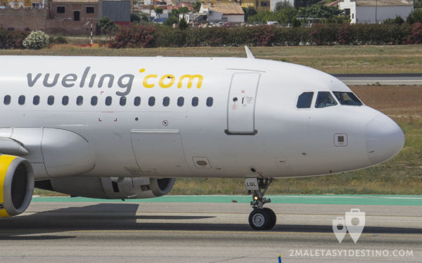 Airbus A320-232 (EC-LQL) Vueling Airlines