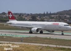 Airbus A321-111 (HB-IOK) Swiss International Air Lines