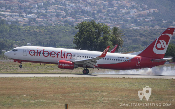 Boeing 737-86J (D-ABKM) Air Berlin