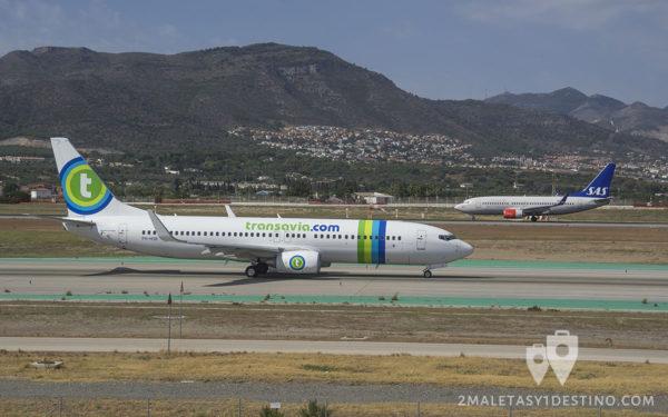 Boeing 737-8K2 (PH-HSB) Transavia y Boeing 737 SAS