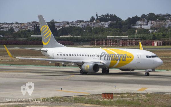 Boeing 737-8Q8 (OY-PSE) Primera Air