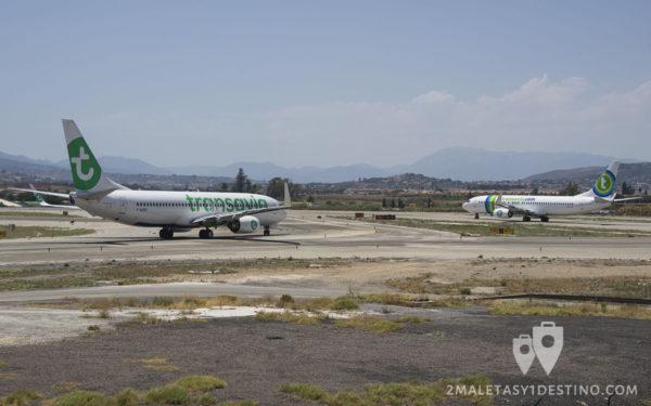 Boeing 737 de Transavia librea nueva y antigua