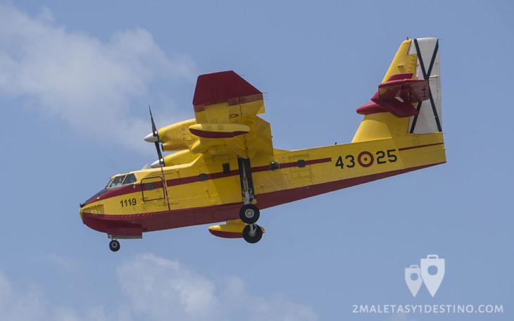 Canadair CL-215T 43-25