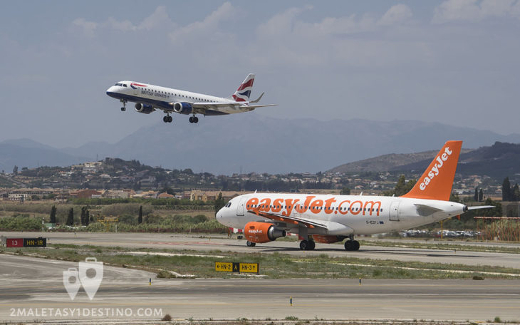 Embraer 190 British Airways aterrizando y A319 de easyJet