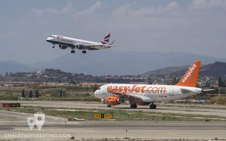 Embraer 190 British Airways aterrizando y A319 de easyJet