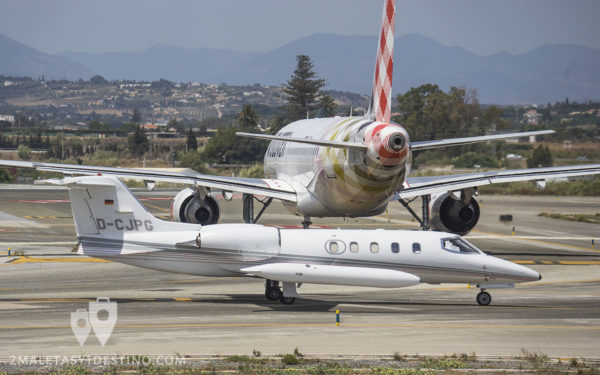 Learjet 35 (D-CJPG) Quick Air Jet Charter y A319 Volotea