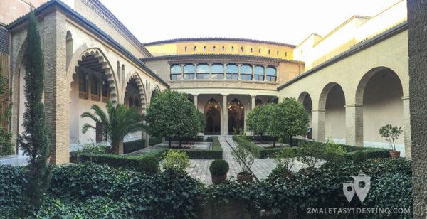 Patio de Santa Isabel
