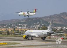 TAP Portugal ATR aterrizando y Vueling A320