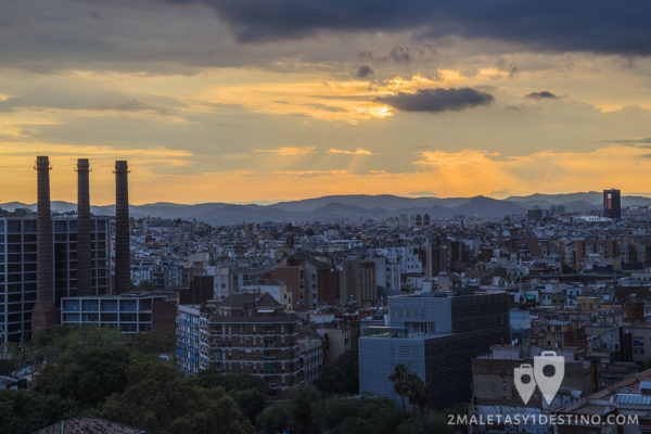 atardecer-en-barcelona-desde-el-monumento-a-colon-barcelona