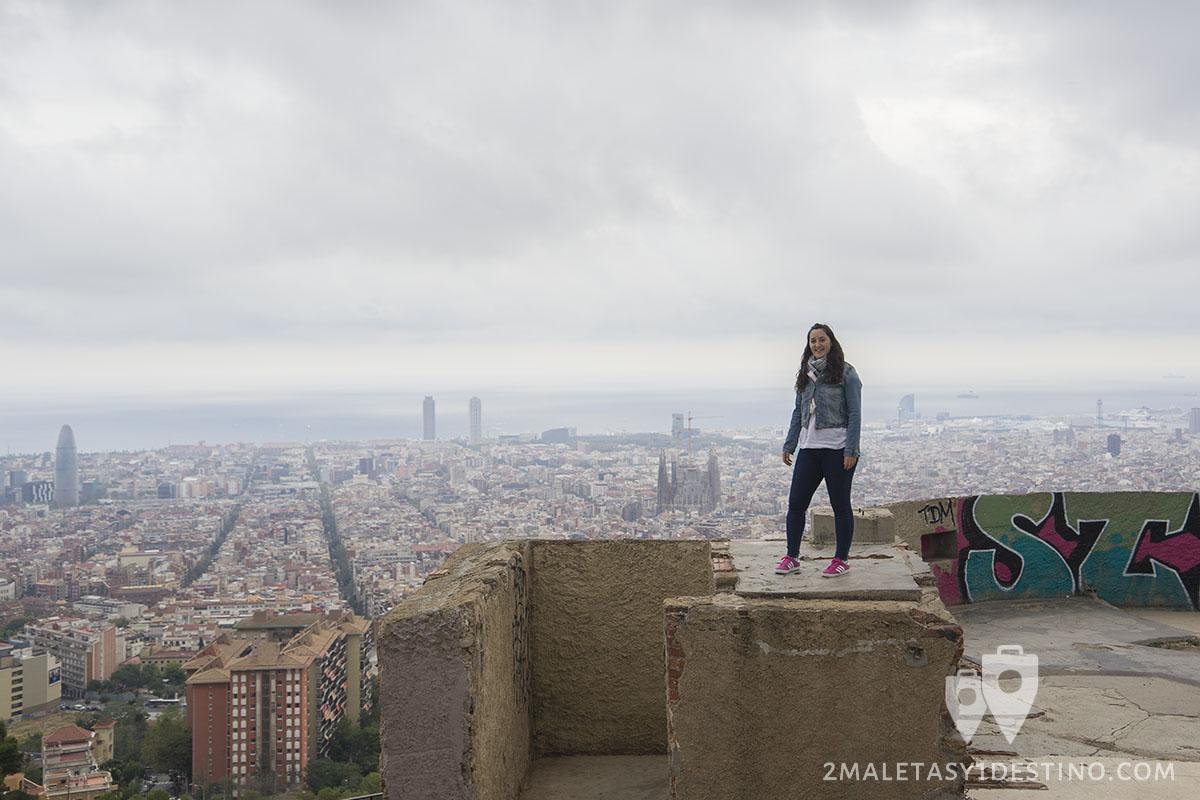 Vistas Panorámicas En Barcelona Mirador De Colon Y Búnkers Del Carmel