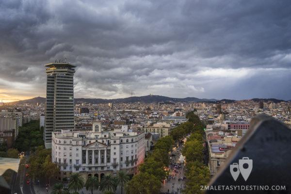 la-rambla-desde-el-monumento-a-colon-barcelona