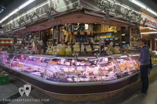 Mercados y Gastronomía Barcelona - Embutidos y quesos