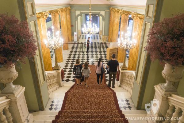 Teatro Liceo - Entrada y escalinata