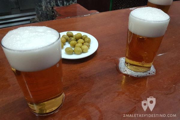 Cervecita y aceitunas
