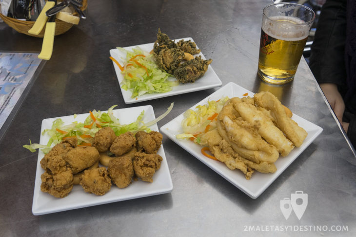 Choco frito, cazón en adobo y ortiguillas - Bar La Cantina