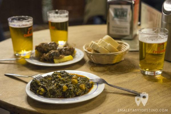 Garbanzos con espinacas y Carrillada - El Rinconcillo