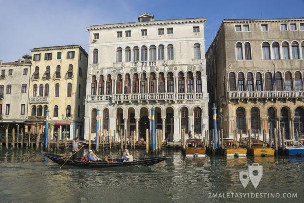 Palacio en el Gan Canal en Venecia