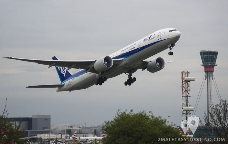 Boeing 777-381(ER) (JA784A) All Nippon Airways