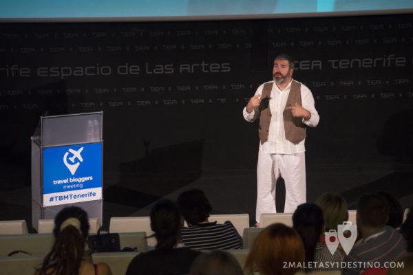 Señor Muñoz en el TBM Tenerife