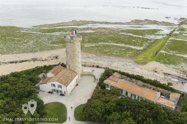 Vistas desde el Faro de las Ballenas en Ile de Re en Francia