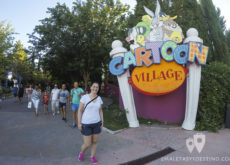 Cartoon Village Parque Warner