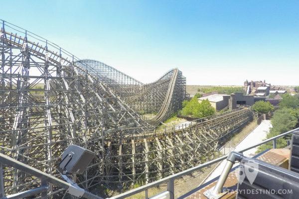 Montaña rusa madera Coaster Express