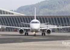 Embraer 170 de HOP! en el Aeropuerto de Bilbao