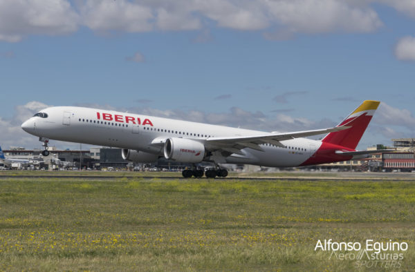 Airbus A350-941 (EC-MXV) Iberia