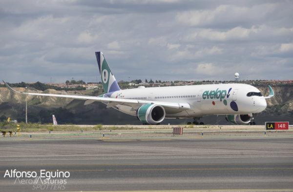 Airbus A350-941 (EC-NBO) Evelop Airlines