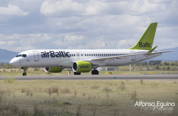 Airbus CS-300-BD-500-1A11 (YL-CSE) airBaltic