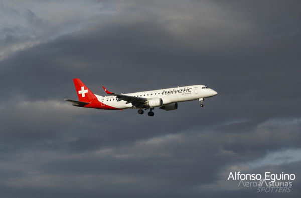 Embraer Emb-190-100LR (HB-JVR) Helvetic Airways