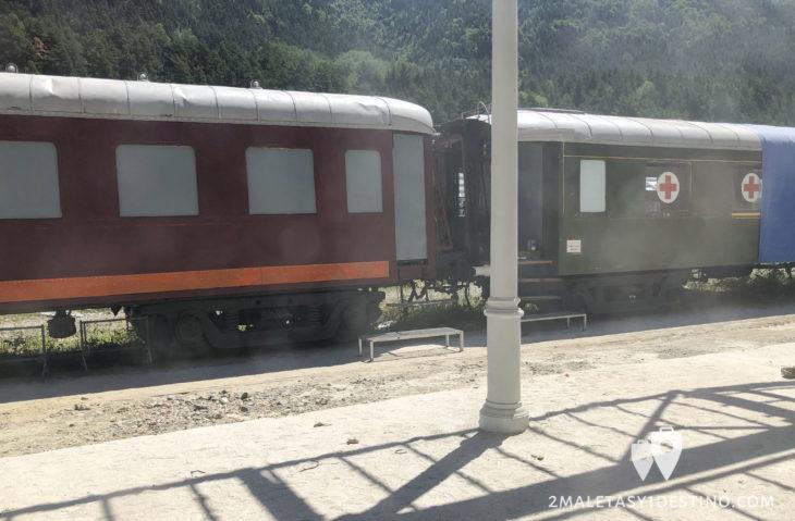 Vagones en la Estación de Canfranc