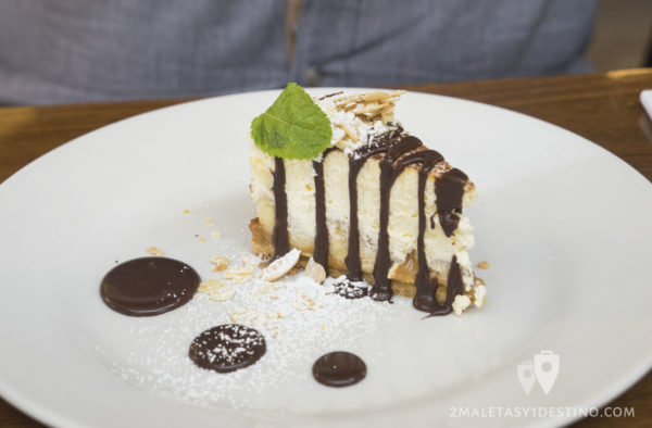 Howies famous banoffee pie