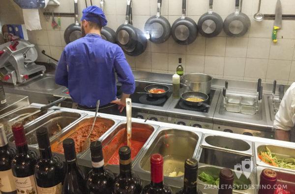 Cocina de la Spaghetteria 6342 A Le Tole
